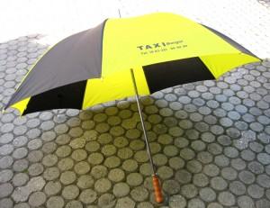 Regenschirm / grosser Stockschirm